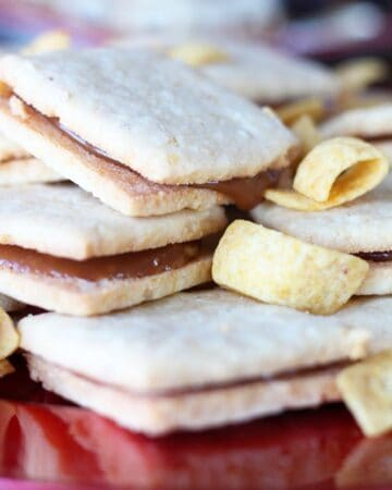 Frito Shortbread & Caramel Cookie Sandwiches