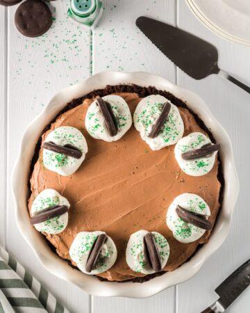 Thin Mint No-Bake Chocolate Cheesecake